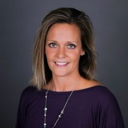 Stacy Bauer : National Land Realty