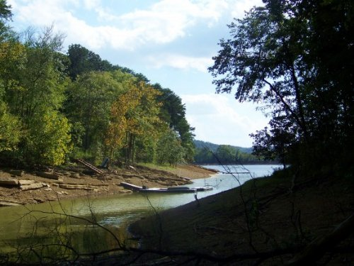 Lakefront Lot In Chelaque Estates : Mooresburg : Hawkins County : Tennessee