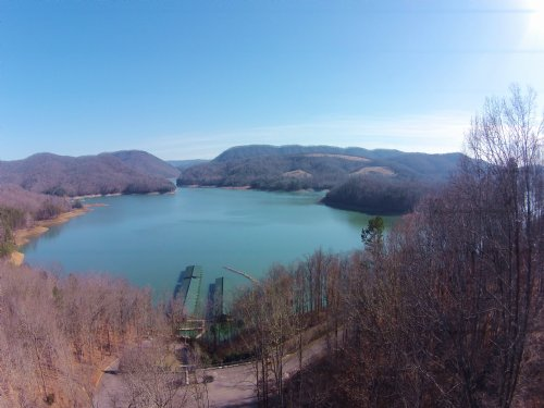 Cleared Level Lot In Rock Harbor : New Tazewell : Claiborne County : Tennessee