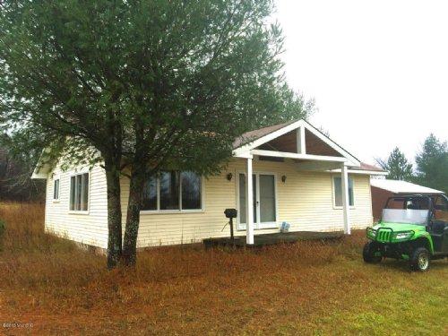 Cabin On 90 Mixed Acres : Manton : Missaukee County : Michigan