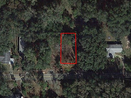 .11 Acre Parcel In Crystal River : Crystal River : Citrus County : Florida