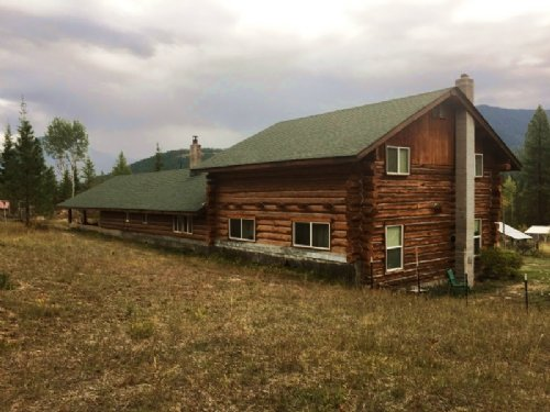 Country Log Home On 60 Acres : Heron : Sanders County : Montana