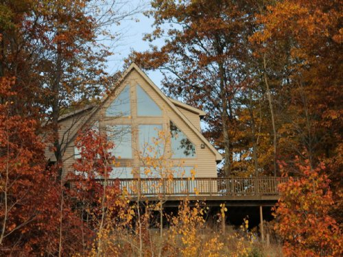 Well Crafted Home On 20 Acres : Bear Lake : Manistee County : Michigan