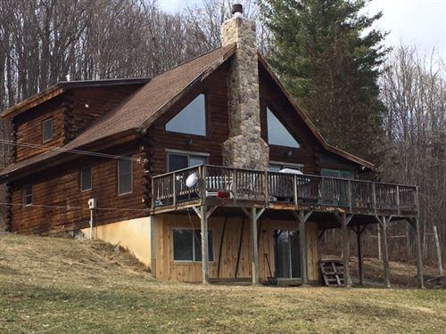 21 Acres Log Home In Charleston Ny : Charleston : Montgomery County : New York