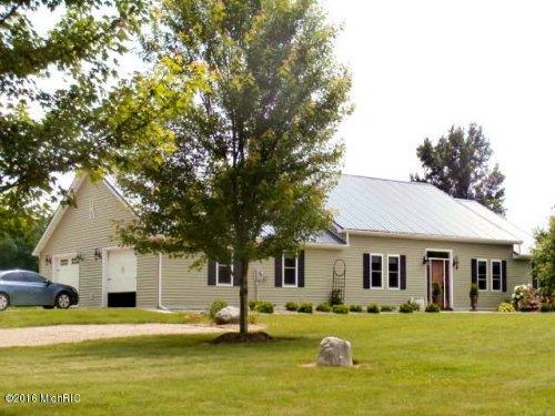 Gentleman Farm Or Horse Ranch : Montgomery : Branch County : Michigan