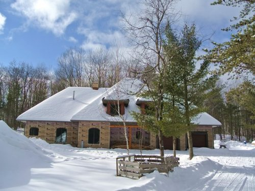 Quality Constructed Home : Hazelhurst : Oneida County : Wisconsin