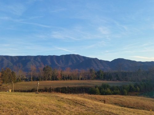 5.40 Acres Level Unrestricted : Greeneville : Greene County : Tennessee