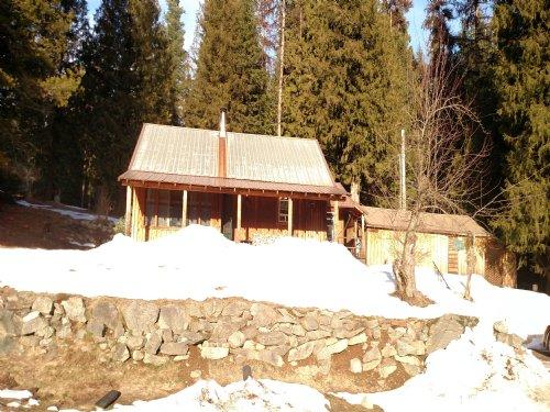 Recreation Gateway Cabin : Priest River : Bonner County : Idaho