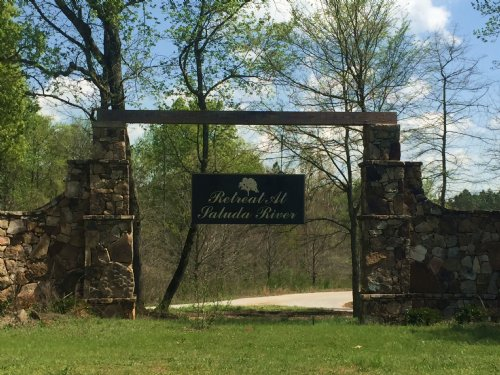 4.32 Acre Lot : Silverstreet : Newberry County : South Carolina