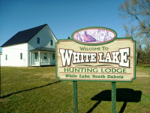White Lake Hunting Lodge : White Lake : Aurora County : South Dakota