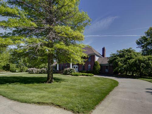 Millard Equestrian Estate Acreage : Omaha : Douglas County : Nebraska