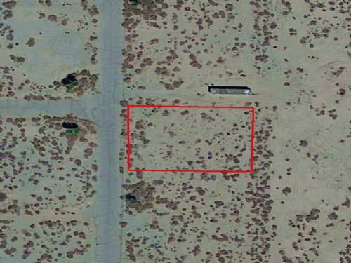 0.32 Acre Lot Near Salton City : Salton City : Imperial County : California