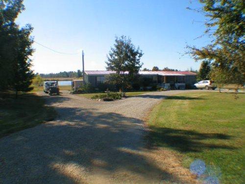 138 Acres +/- Farm And Mobile Home : Marmaduke : Greene County : Arkansas
