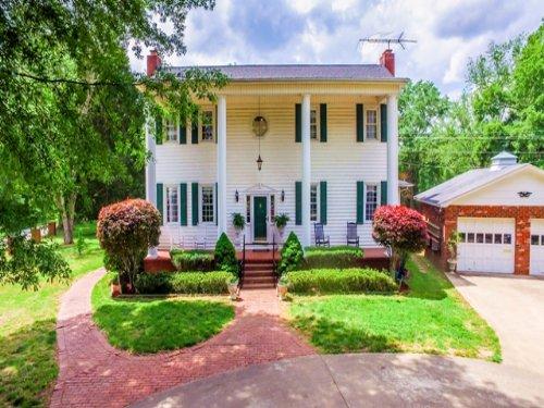 Horse Farm In Popular Simpsonville : Simpsonville : Greenville County : South Carolina