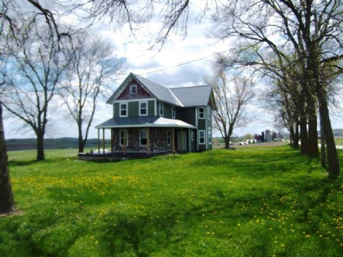 3 Acres W/ 3 Bedroom Home + Dairy B : Watertown : Dodge County : Wisconsin