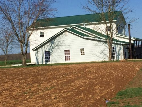 Nice Amish Home On 26 Acres : Hardyville : Hart County : Kentucky