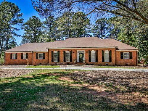 Four Sided Brick Home : Monroe : Walton County : Georgia