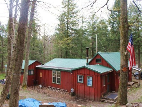 Cabin & Camper With River Frontage : Florence : Oneida County : New York