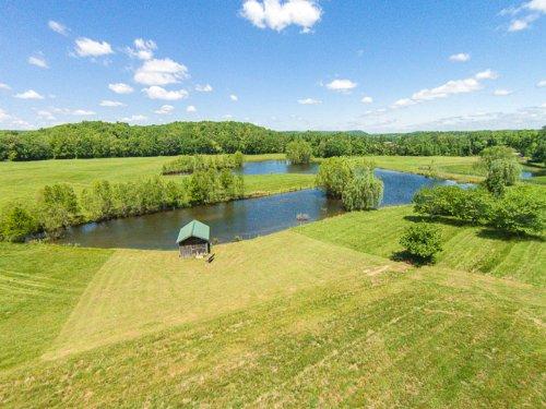 300 Acre Buffalo Ridge Farm : Hurricane Mills : Humphreys County : Tennessee