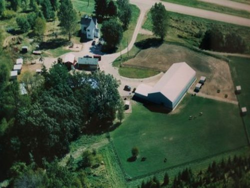Amazing 11 Acre Horse Property : Beaver Dam : Dodge County : Wisconsin