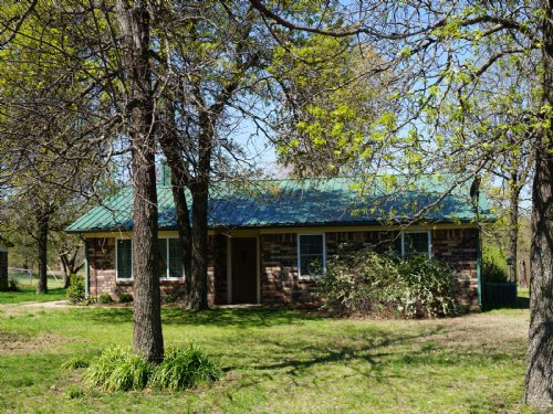 Private Country Home & Farm Living : Depew : Creek County : Oklahoma