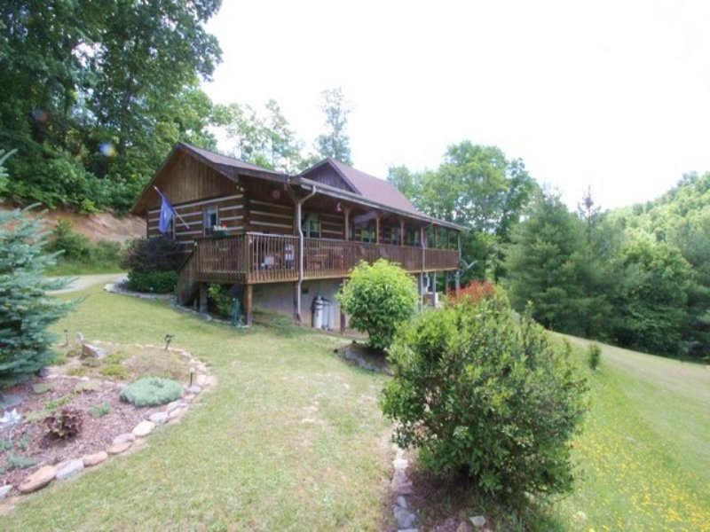 Blue Ridge Mtn. Cabin W/ Acreage : Mouth Of Wilson : Grayson County : Virginia