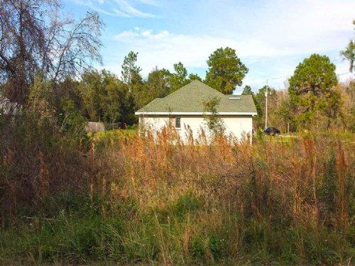 0.18 Acre Lot In Moon Lake Estates : New Port Richey : Pasco County : Florida