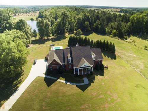 Equestrian Estate W/ 2 Custom Barns : Rutledge : Morgan County : Georgia