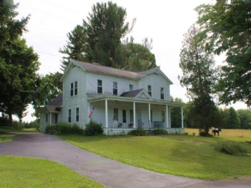178 Acres Farmland Farmhouse Barn : Parish : Oswego County : New York