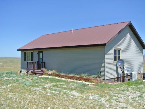 Miracle Mile Retreat : Rawlins : Carbon County : Wyoming