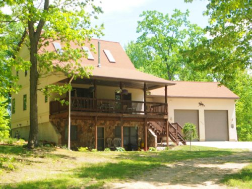 Beautiful Home Rests On 50 Acres : Harrison : Clare County : Michigan