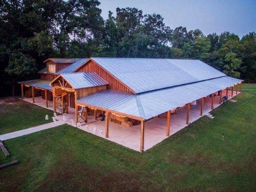 B&b,wedding Barn, House, Pond : Medina : Madison County : Tennessee