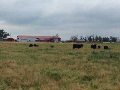 Reduced.. Oshkosh Meadows : Oshkosh : Garden County : Nebraska