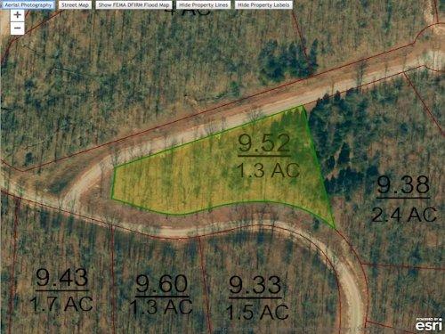 Lot 113 Is A 1.3 Acre Lot : Cedar Grove : Carroll County : Tennessee