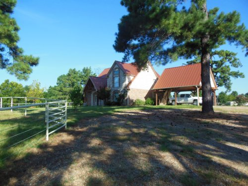Home On 6+ Acres / 30220 : Chicota : Lamar County : Texas