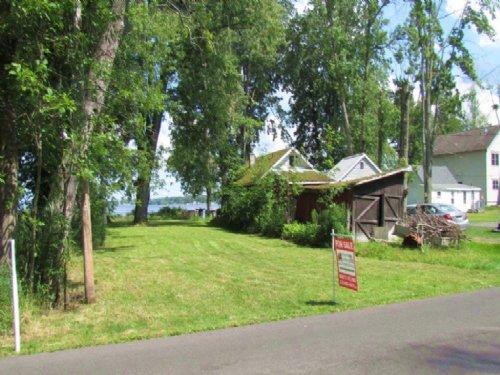 Oneida Lake Waterfront Property : Cicero : Onondaga County : New York