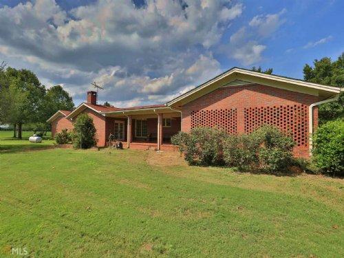 Large Brick Home On Over 8 Acres : Good Hope : Walton County : Georgia
