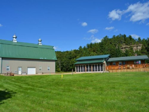Updated Cabin On +/- 53.6 Acres : La Valle : Sauk County : Wisconsin