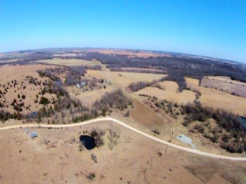 6.39 Ac Cowboy Meadows Electricity : Niotaze : Chautauqua County : Kansas