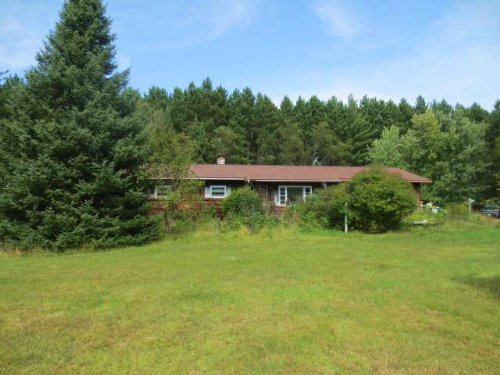 Country Home With 10 Acres Of Land : Newbold : Oneida County : Wisconsin