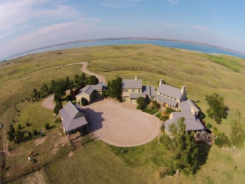 Reduced. Lake McConaughy Estate : Ogallala : Keith County : Nebraska