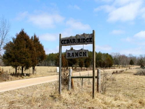 5.7 Acres Cedar Ridge Ranch, Pond : Spring Creek : Phelps County : Missouri