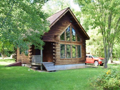 Log Home Cottage Near Lake Ontario : Sterling : Cayuga County : New York
