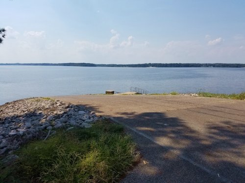 1.68 Acres Near Ky Lake : Big Sandy : Benton County : Tennessee