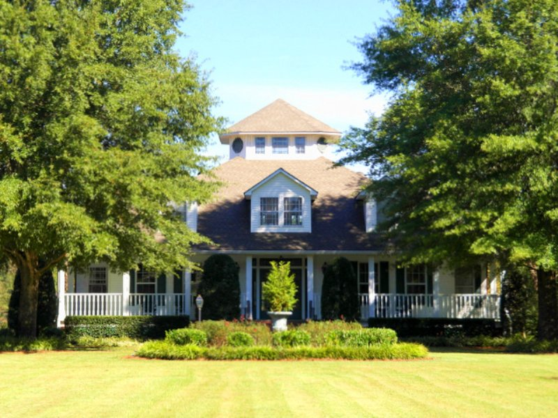 Anam Cara - Estate Home & 120 Ac. : Aberdeen : Monroe County : Mississippi