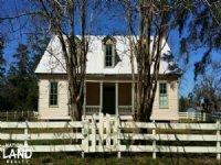 Historic Hill House And Farm : Willis : San Jacinto County : Texas