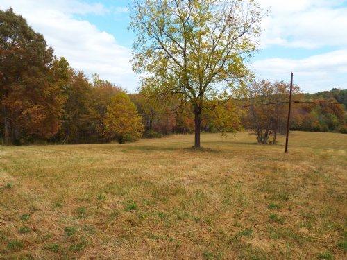 Mini Farm Acreage : Lancing : Morgan County : Tennessee