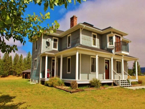 Montana Beautifully Remodeled Victo : Superior : Mineral County : Montana