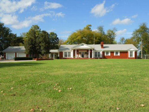 Grand Colonial Home : Stilwell : Adair County : Oklahoma