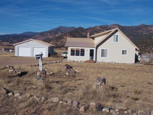 236397 - Many Amenities With 2.77 A : Coaldale : Fremont County : Colorado